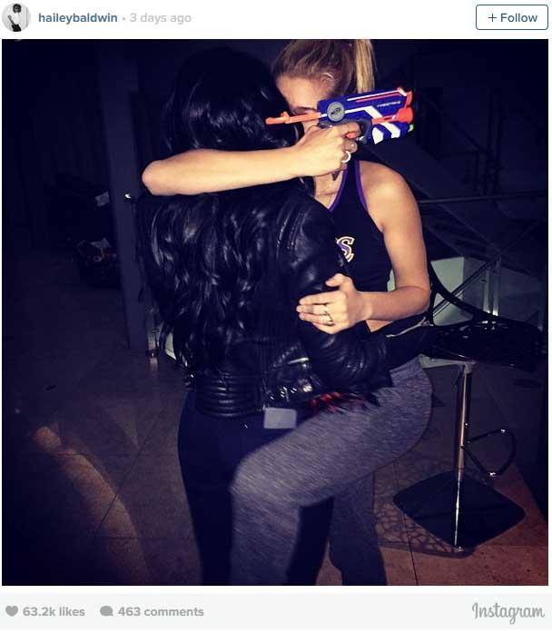 Kendall Jenner Kiss Hailey Baldwin